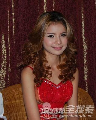 金边的美女; 我从成都去柬埔寨
