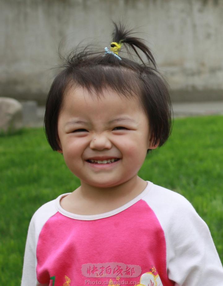 幼儿园儿童笑脸