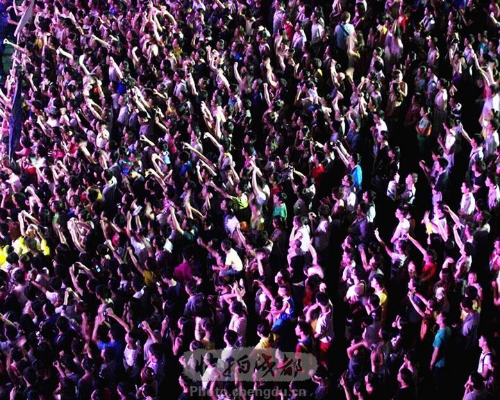 【巴西视角】黑夜里,请你为我把那双手舞动! b