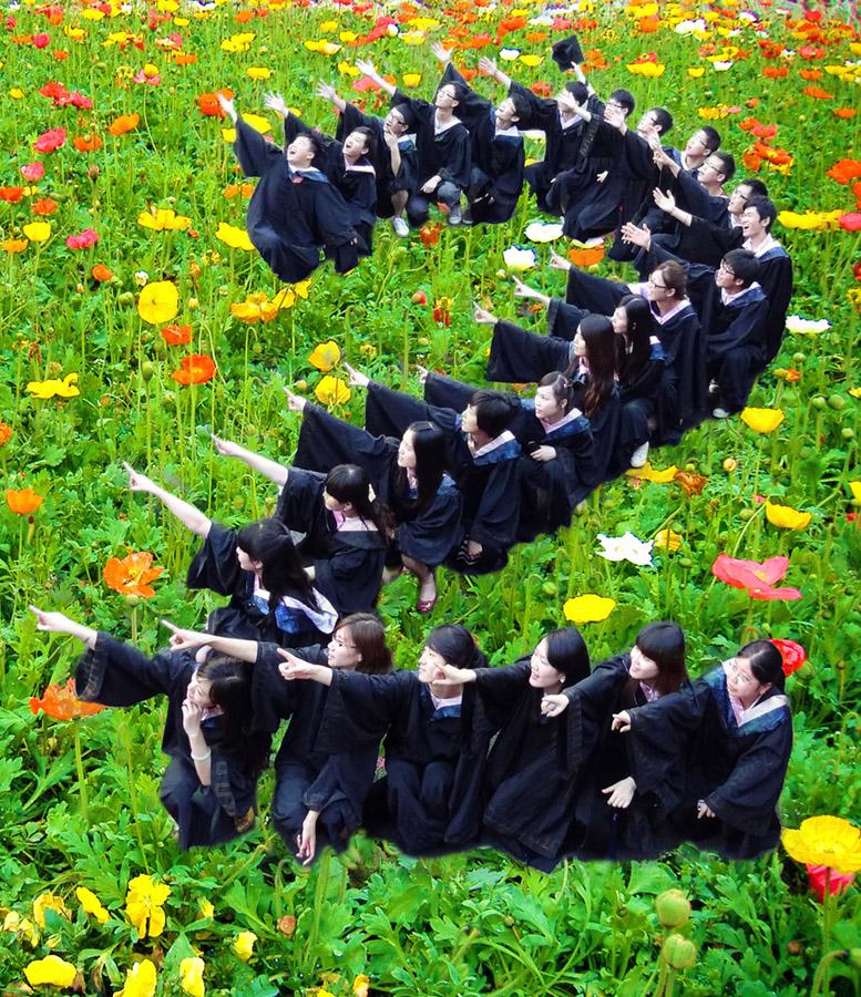 """创意 中国/创意说明:他们喜欢""""2"""",这个""""2"""",就是你加我,友和爱。"""