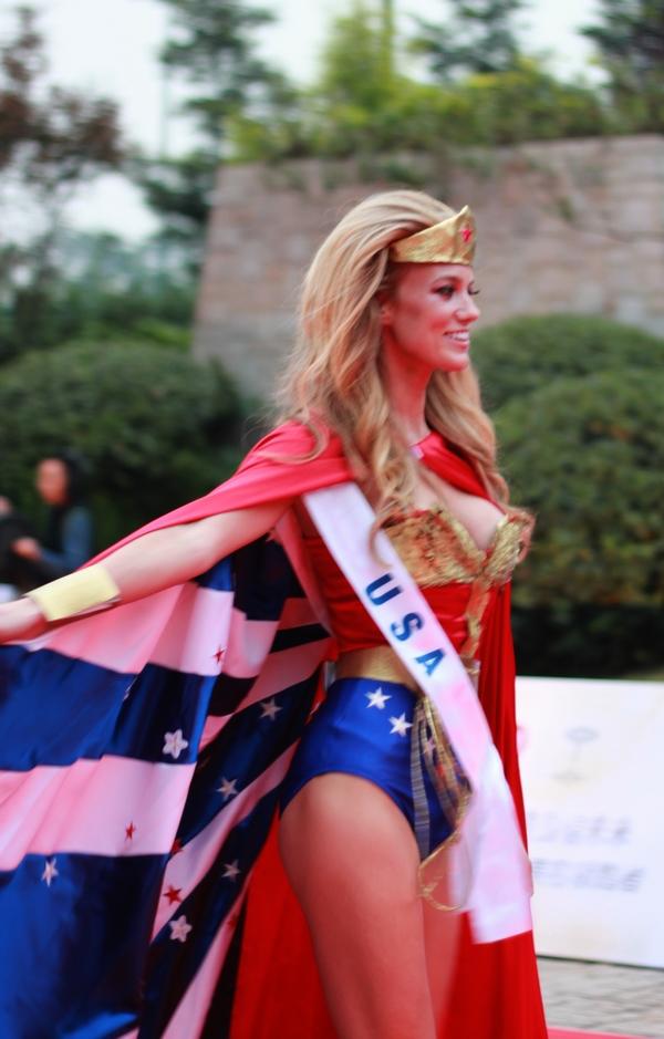 美国女超人jpg
